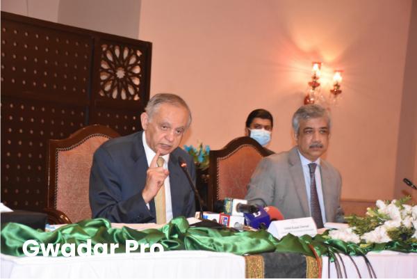 Pakistan prioritizes to enhance trade and economic relations with China: Abdul Razak Dawood