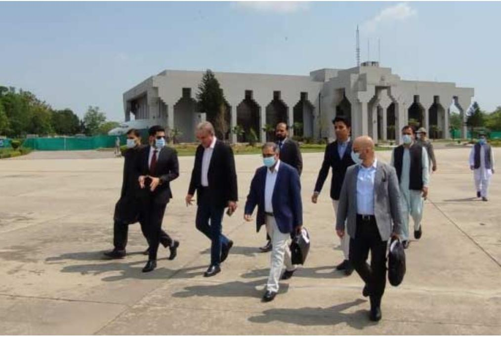 FM Qureshi arrives in China to lead Pakistan delegation at bilateral talks
